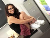 Sesso hard in classe con una studentessa